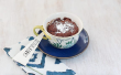 Hoe maak je een chocolade gesmolten Lava Mug Cake in een microgolf