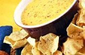Hoe maak je Velveeta en Rotel kaas Dip
