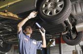 Tips voor het Getting het stuurwiel rechte bij het doen van een wiel uitlijning