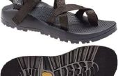 Hoe schoon stinkende sandalen