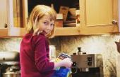 Wat zijn de kleine gele wormen in de keuken?