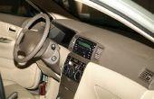 Hoe te verwijderen van de geur van braaksel van een auto