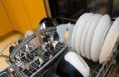Hoe te ontbinden gedroogd-op afwasmachine zeep