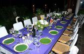De plannen & metingen voor het ontwerpen van een eetkamer tafel & stoelen
