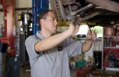 Het wijzigen van de remmen op een Mazda 3