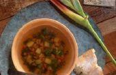 Manieren smaak toevoegen aan zelfgemaakte groentesoep