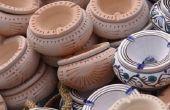 Hoe te schilderen al geglazuurde keramiek