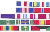 Hoe correct dragen van militaire linten in volgorde