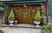 Hoe te te verfraaien van kolommen op een veranda voor Kerstmis