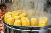Hoe stoom maïs in een Steamer