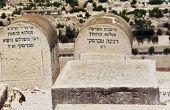 Wat Is de betekenis van stenen op Joodse graven?