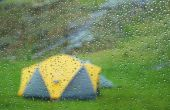 Hoe schoon de schimmel off van een waterdichte Tent