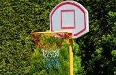 Kleine kinderen basketbal oefeningen