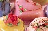 Hoe dik moet Fondant voor Mini gebak?