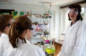 Hoe te leren elementaire studenten over zuren & Bases in de chemie