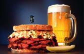 """How to Cook rundvlees """"briskets"""" aangeduide segmenten voor een Sandwich in een koekepan"""