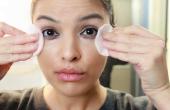 Het verwijderen van make-up