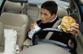 Hoe om vlekken te verwijderen uit auto stoelhoezen