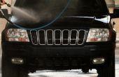 Hoe te een zwarte auto wassen zonder krassen