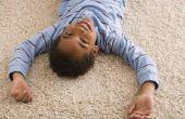Hoe krijgen kinderen Tylenol uit het tapijt