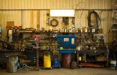 How to Build een scharnierende werktafel voor een Garage