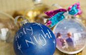 Vijf manieren om gepersonaliseerde glazen bol Kerst ornamenten
