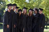 Middelbare School afstuderen tarieven voor de economisch achtergestelde