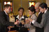Wat Is het verschil tussen een Cocktail Receptie & een Hors D'oeuvre ontvangst?