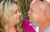 De nadelen van oudere mannen daten