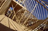 Hoe te knippen een samengestelde dak Rafter