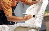 Hoe te opnieuw dekken rieten stoel kussens zonder naaien