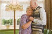 Hoe te organiseren een 50e verjaardag huwelijksceremonie