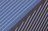 Het installeren van metalen dakbedekking die gebruikmaakt van Clips