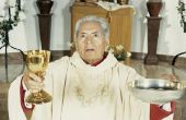 De kleuren die priesters dragen het hele jaar door