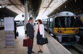 De ideeën van het ontwerp voor een trein Station fase Prop