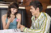 Hoe weet u of een persoon wordt aangetrokken naar u