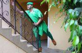Hoe maak je een volwassen Peter Pan kostuum