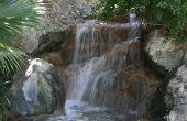 How to Build een kleine waterval in een tuin vijver