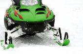 Het afstellen van de carburateur van een sneeuwscooter