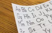Hoe leren kinderen om hun brieven te schrijven