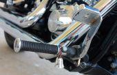 Hoe u een voogd Bell koppelt aan uw motorfiets