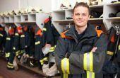 Hoe maak je een brandweerman kostuum