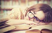 Hoe te stoppen met het in slaap vallen tijdens het lezen