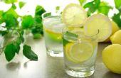 Hoe warm Water met citroen te drinken