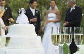 Hoe te te verfraaien een bruidstaart met Koninklijk Suikerglazuur