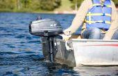 Hoe schoon de mariene groei op een buitenboord motor