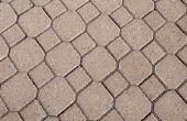 Hoe schoon polyurethaan uit stenen-straatstenen