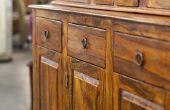 Wrijven Alcohol & schade aan houten meubilair