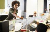 Hoe aan te kondigen een nieuwe baan aan collega 's