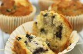 Tijd voor Dark Vs. licht gekleurde Muffin blikken bakken